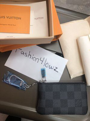 Louis Vuitton pouch for Sale in Mazon, IL