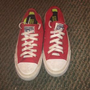 Red Lowtop Converse for Sale in Edmond, OK