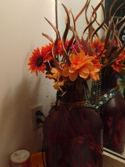 Vase With Fake Flowers for Sale in Tucson,  AZ