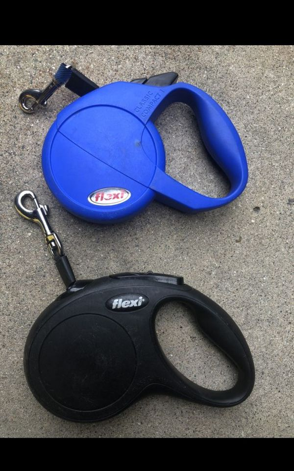 Dog leash retractable asking $10 for both FIRM