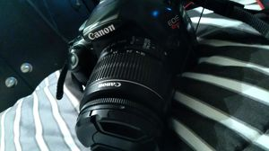 Canon rebel t3 for Sale in Sacramento, CA