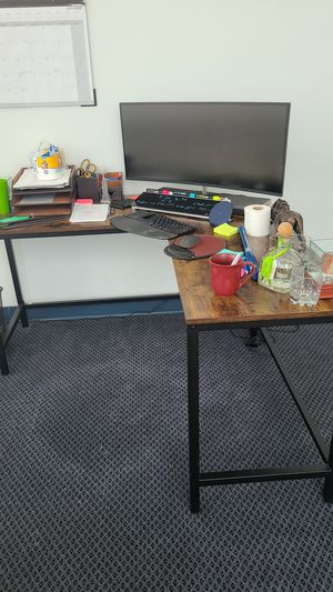 Wooden L desk for Sale in Aventura, FL
