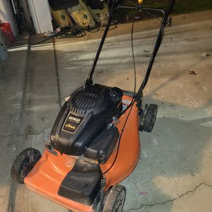 Ariens Mower for Sale in Chapin, SC