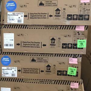 NEW Nordictrack T6.5S Treadmill for Sale in Acampo, CA