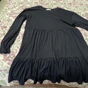 Medium Oversize Dress for Sale in Tulalip, WA