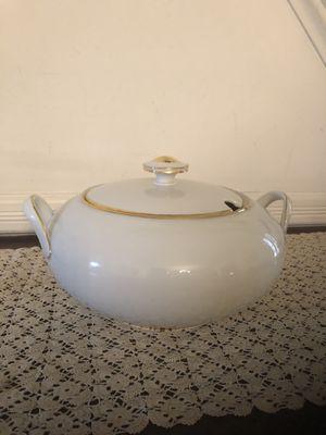 Mid-century Bavarian Porcelain Soup Tureen for Sale in Centreville, VA