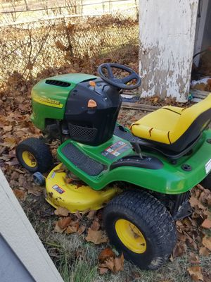 John deer riding tractor for Sale in St. Louis, MO