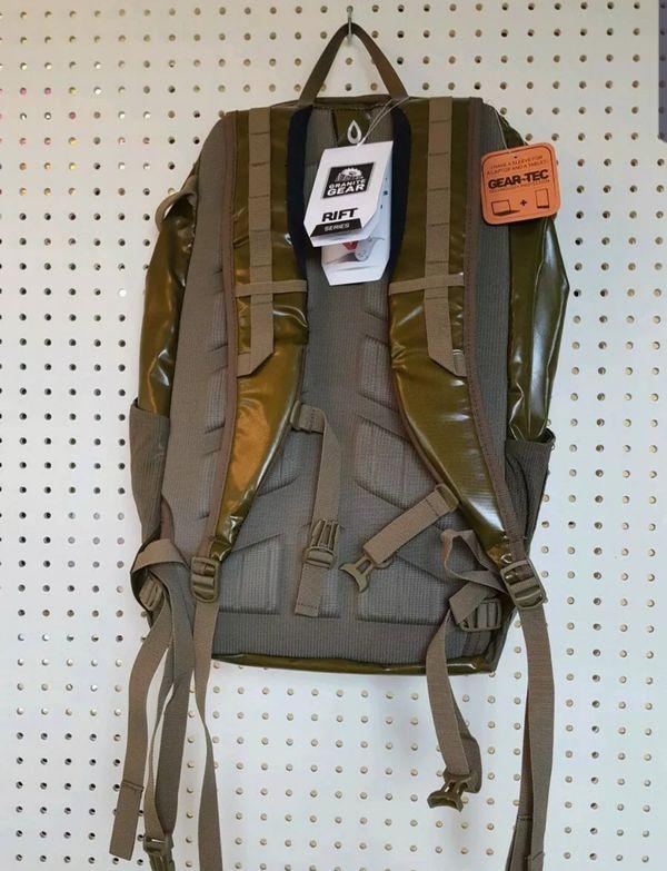 NEW GREEN Granite Gear Rift-2 32L Pack backpack hiking bag day pack
