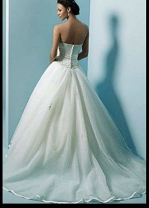 Alfred Angelo wedding dress size 12 for Sale in Anaheim, CA