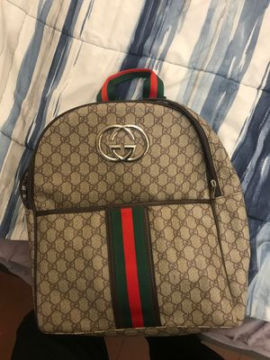 Gucci backpack for Sale in Cleveland, OH