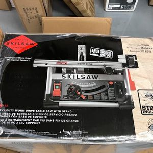 "SKILSAW SPT99-11 10"" Heavy Duty Worm Drive Table Saw with Stand, Silver for Sale in Fort Lauderdale, FL"