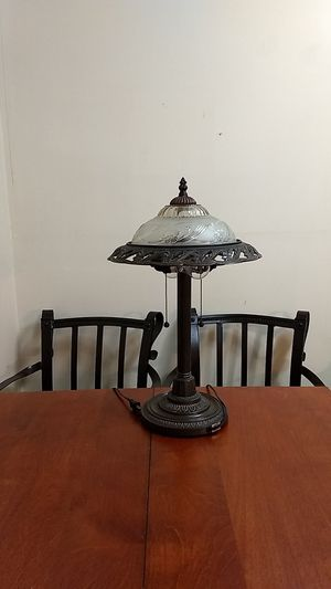 Vintage iron lamp for Sale in St. Louis, MO