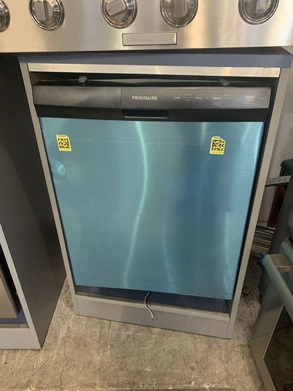 Frigidaire Dishwasher - Stainless Steel