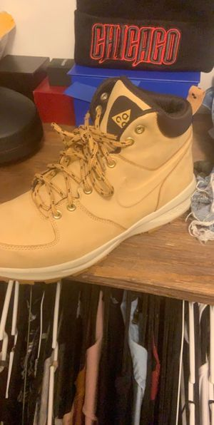 Nike Work Boots Wheat for Sale in Miami Gardens, FL