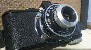 Cool Vintage Art Deco 50's Hipster 35mm Film Camera and Leather Case for Sale in Oakland, CA