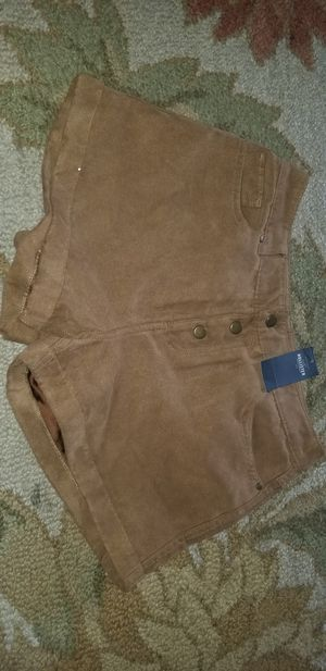 Hollister shorts sz 1 nwt for Sale in Fresno, CA