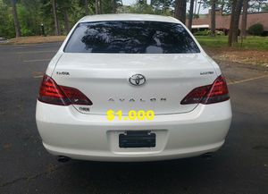 2OO8 Toyota Avalon Sedan/UP FOR SALE * ZERO ISSUES>>RUNS AND DRIVES LIKE NEW $1OOO Drives excellent Full Working for Sale in Salt Lake City, UT