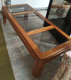 Coffee table for Sale in Brooksville, FL