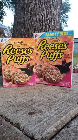 Travis Scott Reese's Puffs Family Size for Sale in Dallas, TX