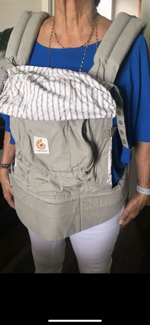 Baby carrier for Sale in New Port Richey, FL