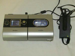 Resmed S9 VPAP Auto CPAP Machine with 5i Humidifier for Sale in Jacksonville, FL