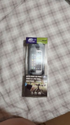 Aquamate bicycle cell phone waterproof case. Brand new never used for Sale in Kissimmee, FL