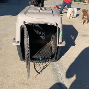Dog Crate for Sale in Moreno Valley, CA