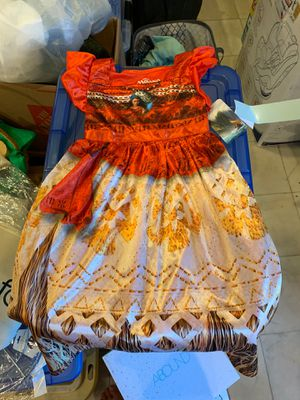Moana night gown sz 5t for Sale in Downey, CA