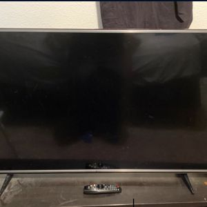 LG 55 Inch T.V Smart Tv for Sale in Boring, OR