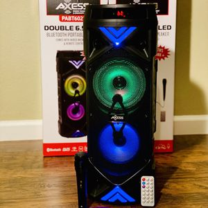 Speakers, portable speaker, wireless speaker, Bluetooth speaker. High quality speakers. for Sale in Fresno, CA
