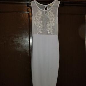 White dress for Sale in Ecorse, MI
