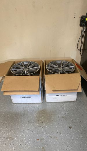 """Cadillac wheels 17 """" set of 4 for Sale in Tampa, FL"""