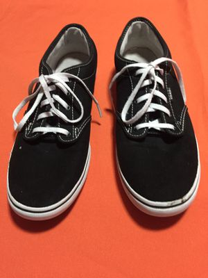 Vans mujer size 11 for Sale in Brownsville, TX