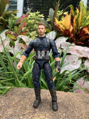 Infinity war captain America for Sale in Oakland Park, FL