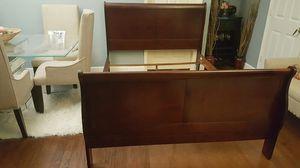 Queen bed frame for Sale in Alafaya, FL