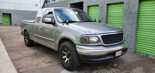 1999 Ford F-150 Motor Con 99 Mil Millas Y Trasmision Recontruida for Sale in Santa Ana, CA