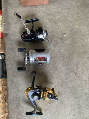 Fishing pole and reels combo $70 for Sale in Fontana, CA