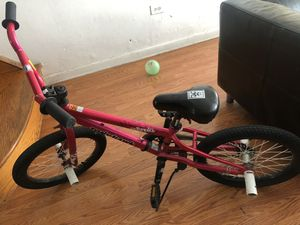 "Tony Hawks girls 18"" magnolia bike for Sale in Philadelphia, PA"