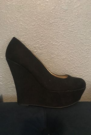 Black wedges size 8 1/2 for Sale in Cicero, IL