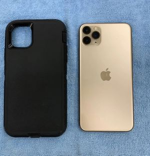 """() Gold """" iPhone 11 Pro Max for Sale in Backus, MN"""