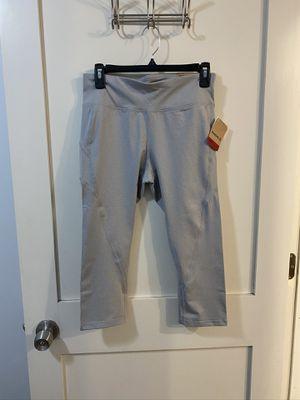 Reebok capri leggings pants for Sale in Chicago, IL