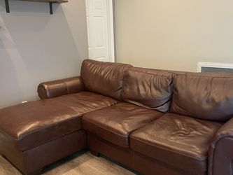 "Costco 102.5"" Wide Leather Left Hand Facing Sofa & Chaise for Sale in Walnut Creek,  CA"