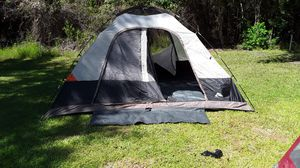 tent sleeps 9 with rain cover for Sale in Slidell, LA
