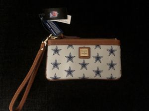 NWT Dallas Cowboys Wristlet for Sale in Red Oak, TX