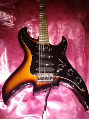 Rare Bell head 4 pickup stratocaster star shape guitar never used mint for Sale in Las Vegas, NV