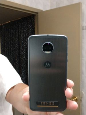 New Moto z2 force unlocked, Snapdragon 835 for Sale for sale  New York, NY