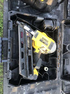 DeWalt Framing Nail Gun for Sale in San Antonio, TX