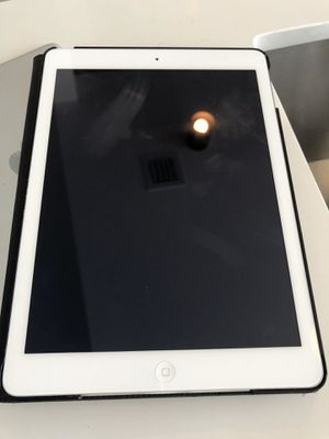 iPad Air 3rd Generation 32GB for Sale in Miami, FL