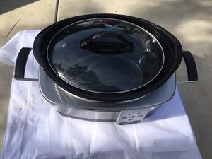 Crock pot Slow cooker in a great working condition SCCPQc600B for Sale in Spring Valley, CA