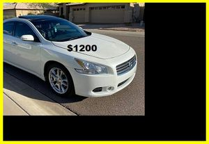 $1200 Nissan MAxima for Sale in Salina, KS